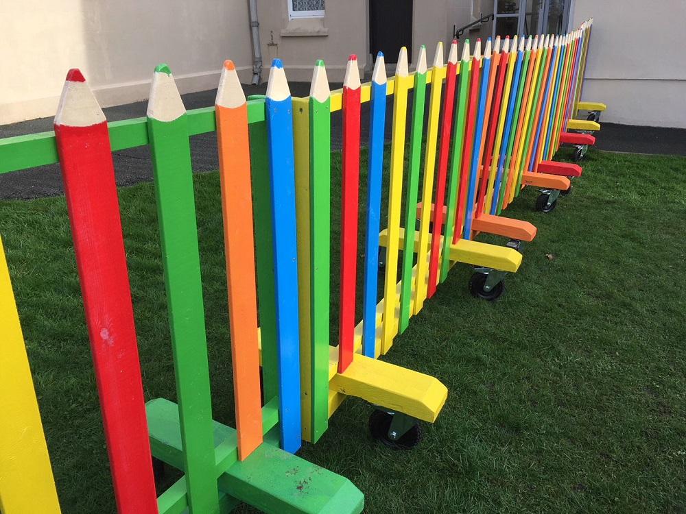 fence styles - fence design - pencil crayon fence - xtreme edeals