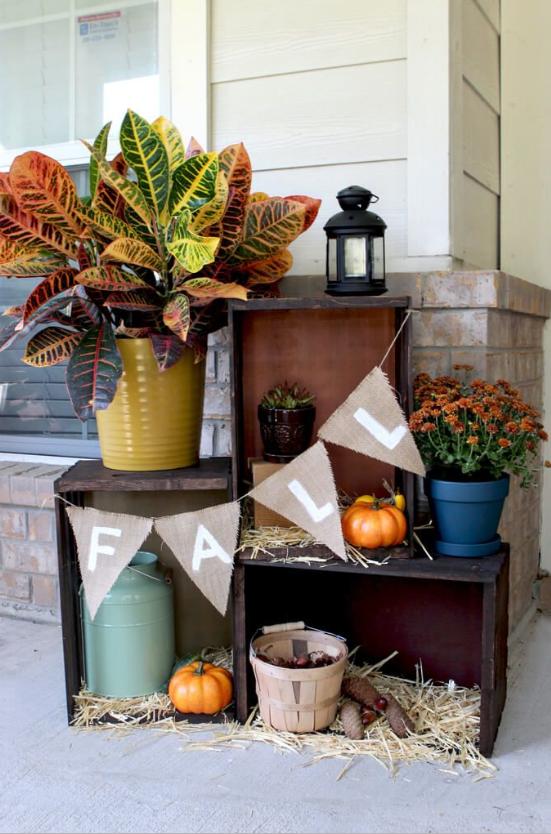 autumn porch ideas 3 tatertots + jello