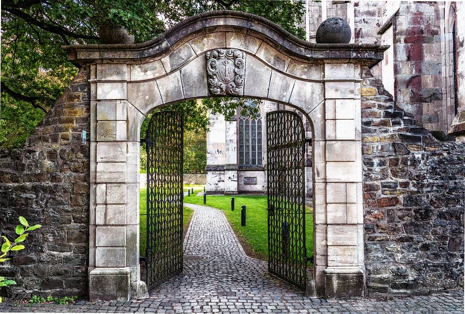 grand entrance front gate