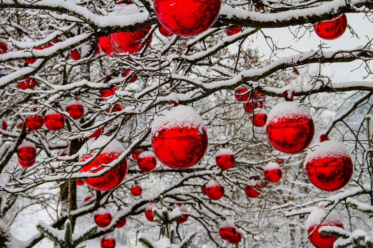christmas winter balls