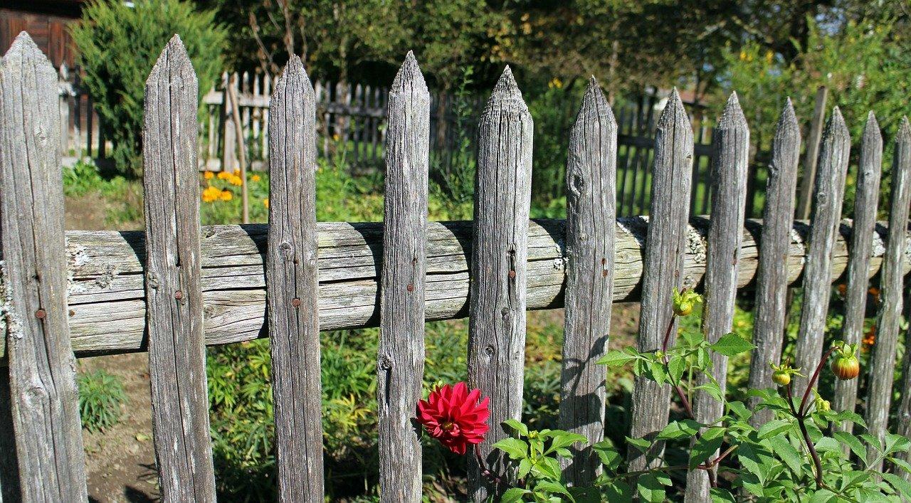 log fencing
