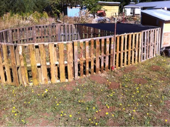 poultry pallet fence