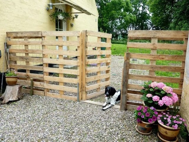 pallet gate style